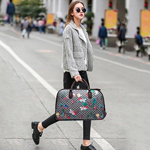LeahWard Frauen Girl's Holdall Faux Leder Gepäck Tasche Hand Gepäck Reise Koffer Urlaub Taschen CW01 (S Schwarz Eule) S Grau Vogel und Schmetterling Blume
