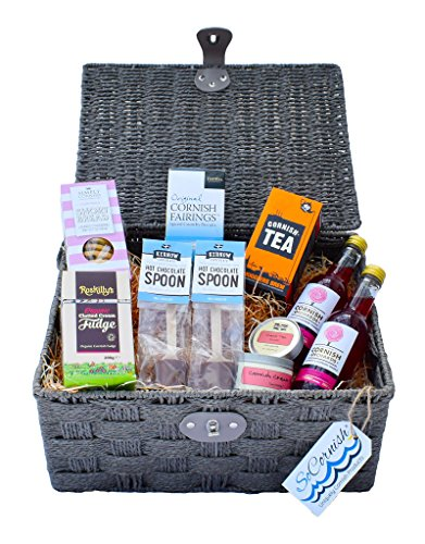 Cornish Afternoon Tea Hamper. Cornish Tea (Smugglers Brew) - Furniss Cornish Fairings - Simply Cornish Luxurious Strawberries and Clotted Cream Shortbread Biscuits - Roskilly�s Organic Clotted Cream Fudge - Kernow Chocolate Milk Chocolate Stirring Spoons