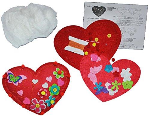 Preisvergleich Produktbild Bastelset: Plüschtier - Filz Herz / verliebt zum Sticken, Nähen per Hand Komplett Set filzen - Filzset zum Basteln Handarbeiten mit Zubehör Herzen Liebe