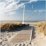Wallario Glas-Uhr Echtglas Wanduhr Motivuhr • in Premium-Qualität • Größe: 30x30cm • Motiv: Auf dem Holzweg zum Strand