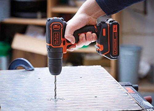 Taladro atornillador 18V Set de 50 piezas con brocas y puntas para atornillar y taladrar 30 Nm BLACK+DECKER A7188 con bater/ía de litio 1.5Ah y malet/ín BLACK+DECKER BDCDC18K-QW