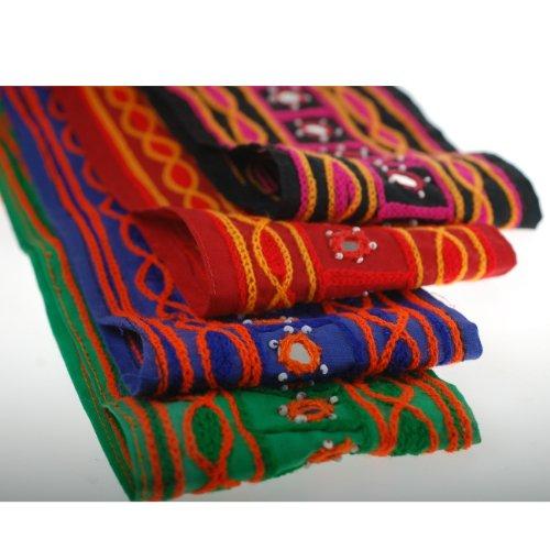Neotrims unico edizione limitata effetto ciniglia ricamo indiano sari border; finiture e tessuto di cotone indiano Specchio Embellished nastro realizzata a mano dal Yard a un ottimo prezzo, Emerald Green, 1 metro