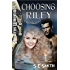 Choosing Riley: Science Fiction Romance (Sarafin Warriors Book 1) (English Edition)