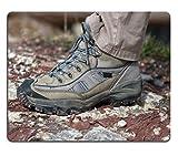 Luxlady alfombrilla para ratón cerca de zapato de seguimiento en la piedra imagen ID 5090783