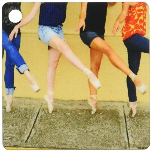 3drose Photo Professional Ballerinas Dressed Up mit Street Kleidung aber Ballett Schuhe-wichtigsten Ketten tragen, 5,7x 11,4cm, Set 2Stück (KC 9990_ 1)