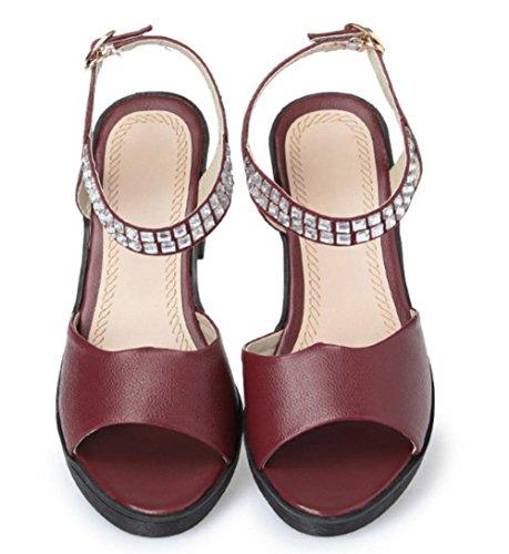 Runde in Sandalen mit Strass-Sandalen und Pantoffeln weiblichen Sommer wine red