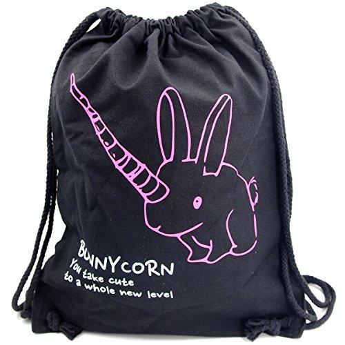Imagen de premyo bolsa de cuerdas negra 100% algodón con dicho gracioso.  con cuerdas con impresión bunnycorn en rosa de alta calidad. gymsac con cordón. saco de gimnasio ideal para viajar alternativa