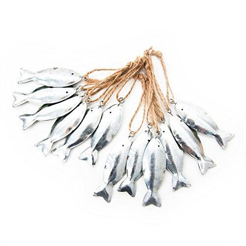 12 Stück kleine silber farbene Blech Metall Fische mit Schnur zum Aufhängen: Geschenkanhänger Gastgeschenk give-away oder Mitgebsel zur Taufe...