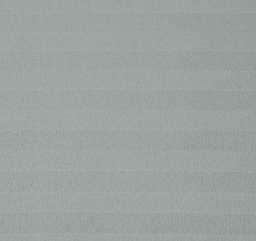 AmazonBasics – Deluxe-Bettwäsche-Set aus Mikrofaser,  155 x 220 cm, Dunkelgrau