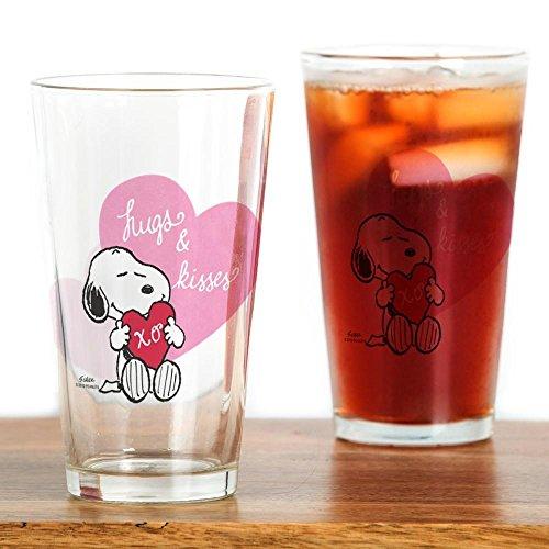 CafePress-Snoopy-Umarmungen und Kisses-Pint-Glas, 16oz Trinkglas farblos