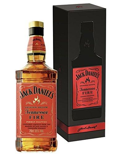 Jack Daniel\'s Tennessee Fire - 35{1f60fe1341f46fd2db507b785e67c7b7f336362ef99495584a77c1d0782bbe0a} Vol. - limitierte Metall-Geschenkpackung (1 x 0.7 l)