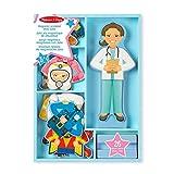 Melissa & Doug 15164 Set della Bambola in Legno Julia e il Suo Guardaroba Magnetico