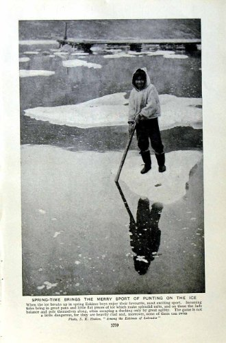 sport-c1920-esquimau-donnant-un-coup-de-volee-la-raquette-de-peaux-de-phoque-de-chasseur-de-glace