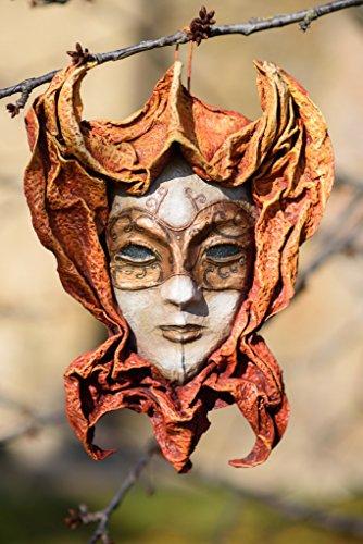 "Maschera di carta "" La Veneziana"" - Fatta a mano"
