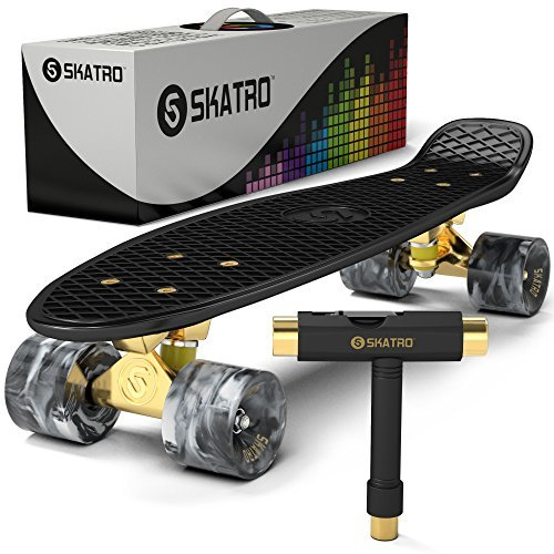 r-Skateboard. 22 Zoll Kunststoff-Board im Retro-Stil, komplett mit ()