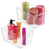 mDesign 2er-Set Ablagebox mit integrierten Griffen – große Aufbewahrungsbox für Make-up, Handtücher, Seifen und Shampoo – ideal zur Kosmetikaufbewahrung im Bad - durchsichtig