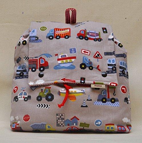 mochila-infantil-con-bolsillo-para-ir-a-la-guarderia-o-al-colegio