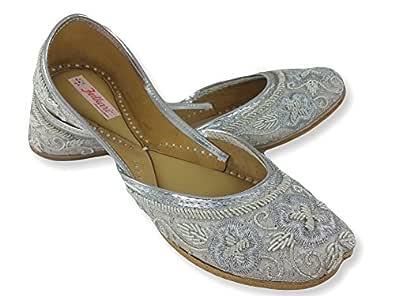 Fulkari Flower Silver Women's Leather Juttis 35