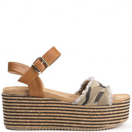 Ideal Shoes - Sandales à plateforme avec partie en jeans Hilana militaire