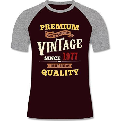 Geburtstag - 40. Geburtstag Vintage 1977 - zweifarbiges Baseballshirt für Männer Burgundrot/Grau meliert