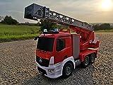 Unbekannt RC Feuerwehrauto Mercedes-Benz ANTOS 4WD m. Wasserspritze & Drehleiter Licht und Sirene Test