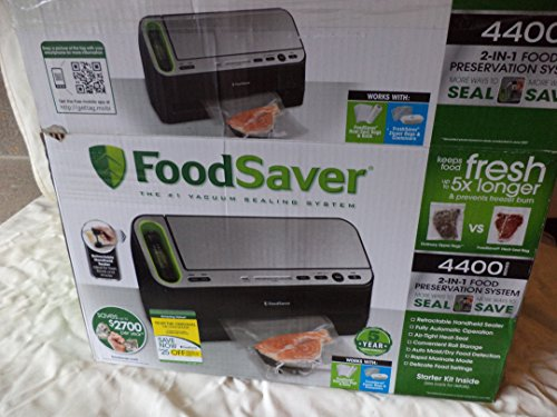 Foodsaver 2-IN-1 Preservation System 4400 Series by FoodSaver Preservation System