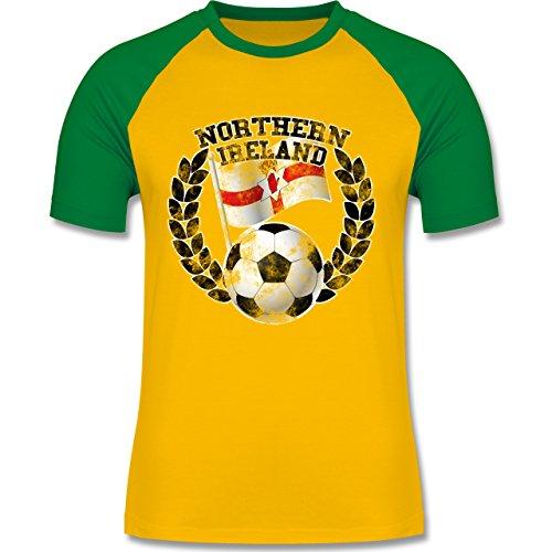EM 2016 - Frankreich - Northern Ireland Flagge & Fußball Vintage - zweifarbiges Baseballshirt für Männer Gelb/Grün