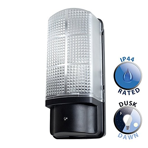 modern-outdoor-heavy-duty-black-plastic-ip44-rated-dusk-to-dawn-bulkhead-security-wall-light