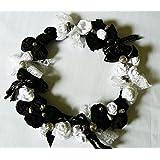 UNIKAT handmade bildschöner Blütenkranz 'Black and White' Blumenkranz Türkranz Tischdeko