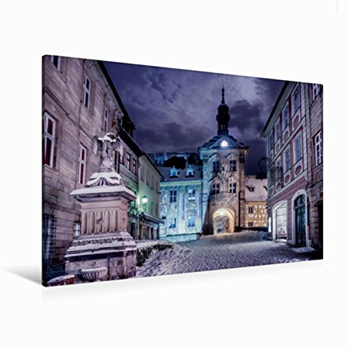 Calvendo Premium Textil-Leinwand 120 cm x 80 cm quer Das alte Rathaus bei Nacht | Wandbild, Bild auf Keilrahmen, Fertigbild auf echter Leinwand, Leinwanddruck Orte Orte