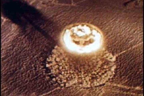 2 DVD Atomic Bomb Fallout & Radiation Films: Duck and Cover, Radiation Sickness, Nagasaki, Hiroshim