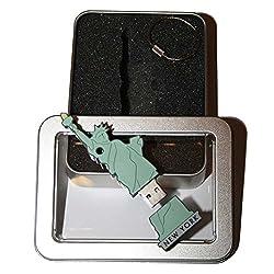 Souvenir New York | Geschenkidee: USB-Stick mit Schlüsselanhänger in Form State of Liberty (Freiheitsstatue) für Frauen u. Männer | inklusive Fotogalerie von New Yorker Sehenswürdigkeiten | Memory Stick 8 GB | CultourStix