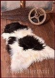 Battle Merchant Flauschiges Schaffell Nordlandschnuckenfell Tierfell Lammfell 110 cm lang verschiedende Farben (Schwarz-Weiß)
