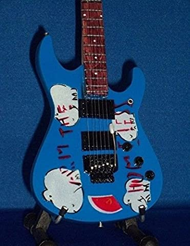 Mini Guitar RAGE AGAINST THE MACHINE TOM MORELLO Arm The Homeless DISPLAY