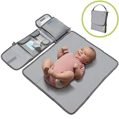 kiwicado kleine Wickeltasche Wickelset Wickelunterlage für unterwegs Babys Wickeln auf Reisen Wickeltisch (kompakt)