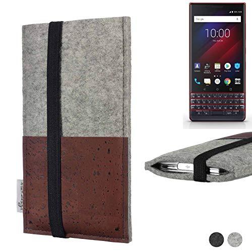 flat.design Handy Hülle Sintra für BlackBerry Key 2 LE Dual-SIM Handytasche Filz Tasche Schutz Kartenfach Case braun Kork