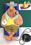 Meister Röhrich (bekannt aus den 'Werner'-Comics und Filmen) Badewannen-Stöpsel-Schwimmer, Rööörich liegt auf einer Luftmatratze (schwimmt in der Badewanne!), Kaltgetränk in der Rechten und dem charakteristischen Zigarrenstumpen im Mundwinkel