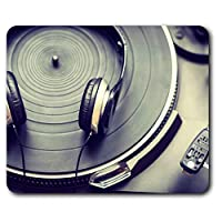 Comfortable Mouse Mat - DJ Turntable Vinyl Record 23.5 x 19.6 cm (9.3 x 7.7 inches) for Computer & Laptop, Office, Gift, Non-slip Base - RM3238