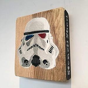 Krieg der Sterne, Sturmtruppe, Star Wars Stormtrooper Bild handgemachte Schablone Graffiti-Malerei auf Asche 9 x 10 cm - Geschenk für ihn, von Schuppen des Jahres Gewinner