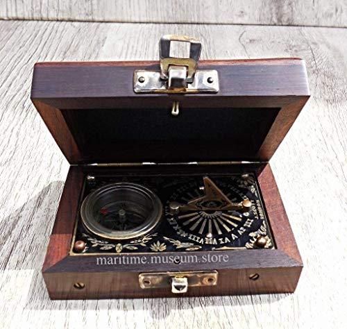 Die Beatles Finder Compass mit Leder Box. C-3001