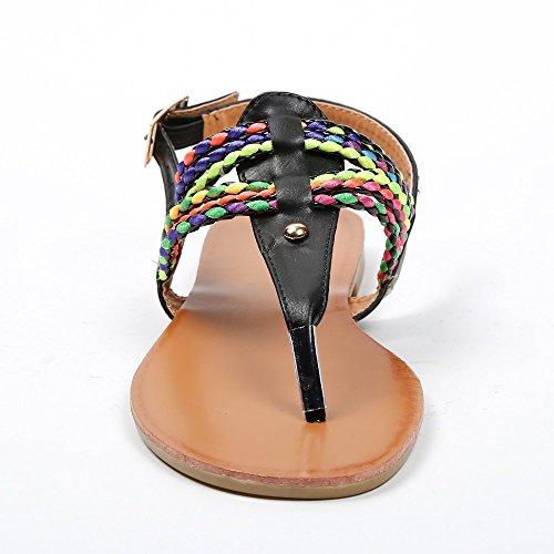 Ideal Shoes-Sandali piatti con cinturini intrecciati e colorati Maiane Nero