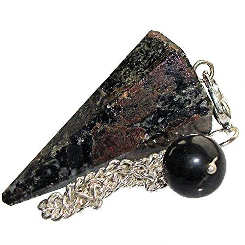 healing-gemstone-crystal-point-pendulum-divination-dowsing-scrying-garnet-in-hornblende