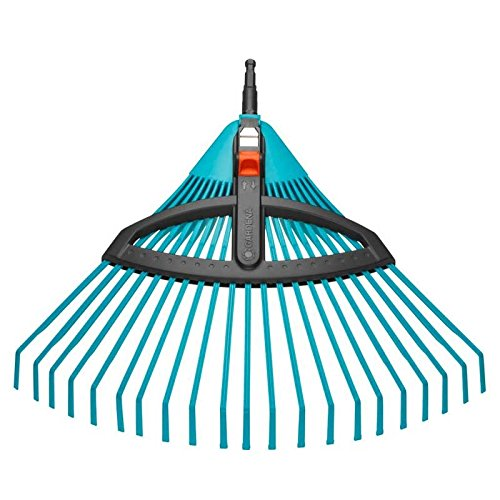 Balai à gazon réglable Combisystem de GARDENA : balai avec dents élastiques réglables en plastique, largeur de travail 35 à 52 cm, travail sans oscillation (3099-20)