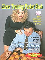 Chess Training Pocket Book - 300 Most Important Positions 3e