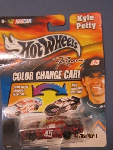 2003-kyle-petty-45-georgia-pacific-brawny-dixie-color-changer-car-hotwheels-1-64-scale-diecast-cold-