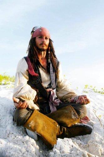POSTERS Johnny depp cartel Meditar piratas toma de capitán Sparrow del Caribe
