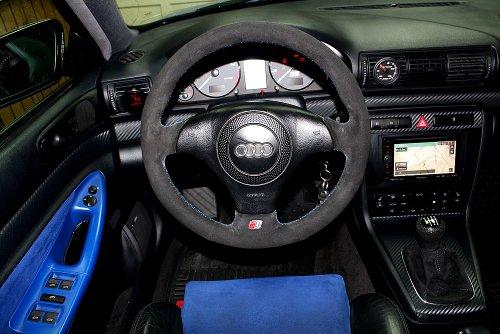 RedlineGoods Audi RS4B51996–01Abdeckung Lenkrad Alcantara Schwarz Naht Blau