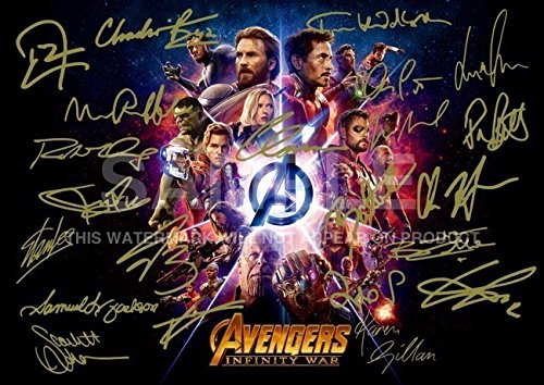 Avengers Infinity Krieg Print (29,7 x 21,1 cm) RDJ, Stan Lee, Chris Pratt, Tom Hiddleston, Chris Hemsworth, Chris Evans, Black Panther, Spiderman, Captain America, Iron Man