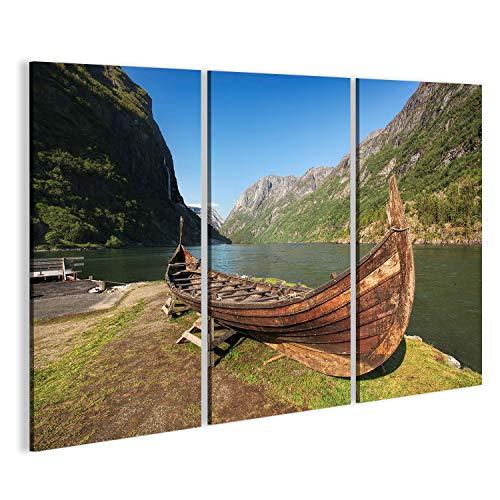 islandburner Cuadro Cuadros Viejo Barco Vikingo en el Pueblo de Gudvangen en Flam, Noruega Impresión sobre Lienzo - Formato Grande - Cuadros Modernos DSY