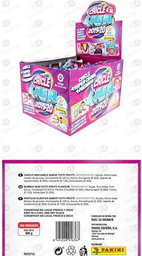 1 caja con 50 sobres con 6 cromos cada uno. En total 300 cromos